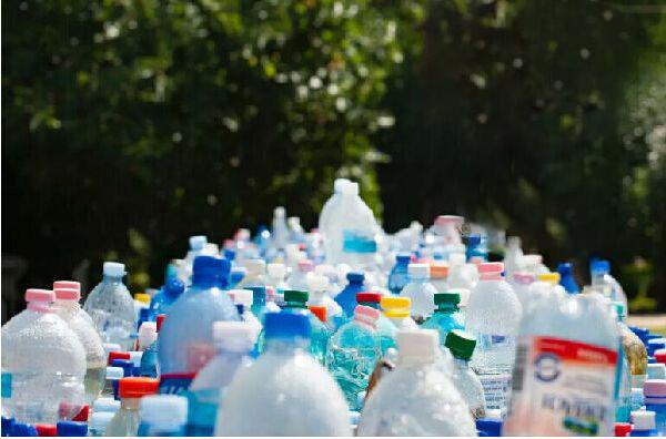 回收人,废品回收,爱博绿回收旧家电.jpg